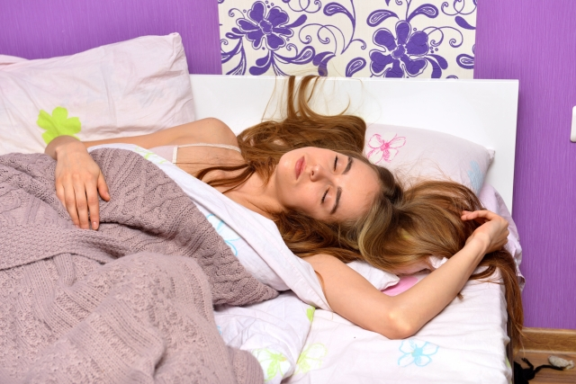 寝違えた時の寝る姿勢 楽な寝方や枕の工夫 つらい痛みが和らぎます