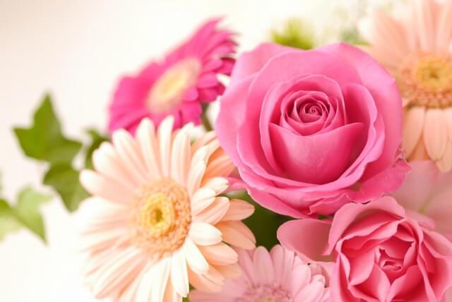 バレンタインに花束を男性からもらったら嬉しい?女性は実際どう思う?