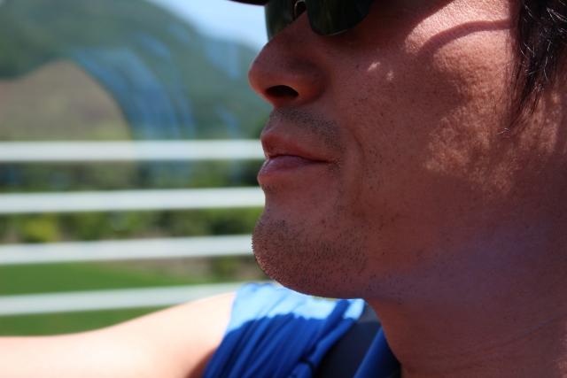 日焼けのケアは顔が重要 男性におすすめな対策やグッズはコレ