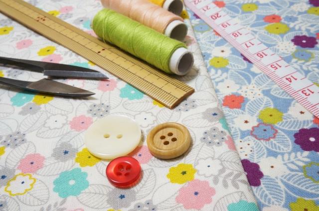 スーツのボタン付け方!上着やジャケット袖への縫い方を詳しく紹介