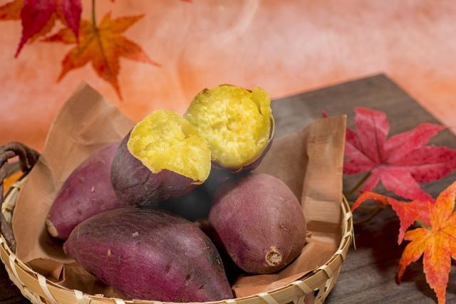 焼き芋の美味しい焼き方 オーブンやトースターでねっとり甘く焼くコツ