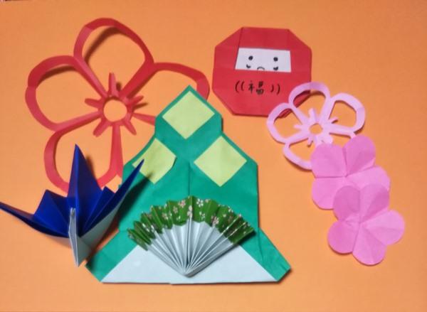 折り紙のお正月飾りの作り方 簡単な折り方でかわいい飾り付け!
