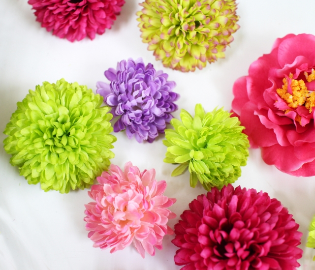 髪飾りを造花で手作り!100均グッズとuピンでの作り方