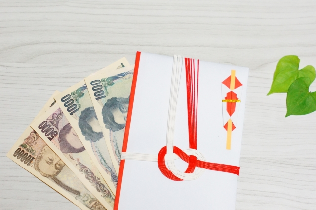 祝儀袋の中袋はボールペンはNG?金額や住所を書く時はどうする?