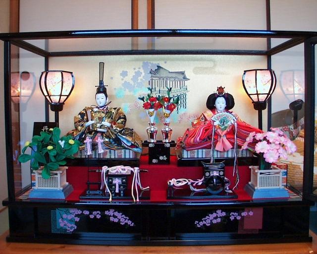 雛人形の片付け ケース飾りの収納やしまい方 保管方法の注意点