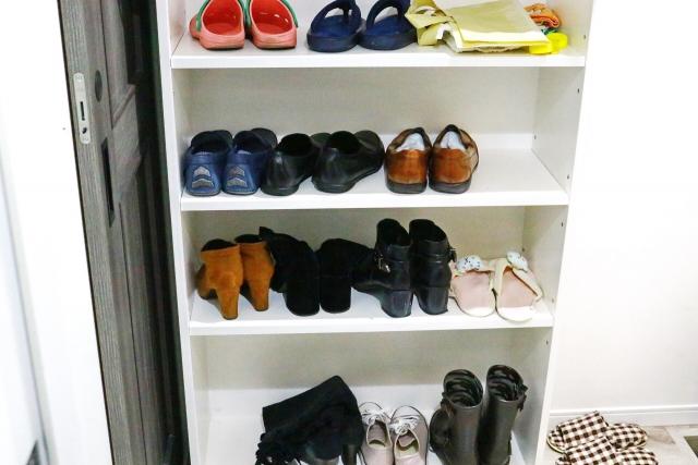 靴の臭いはファブリーズやリセッシュで消せる?効果はどれくらい?