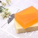 固形石鹸とボディーソープ乾燥肌にベターなのは?コスパや違いはどの程度?