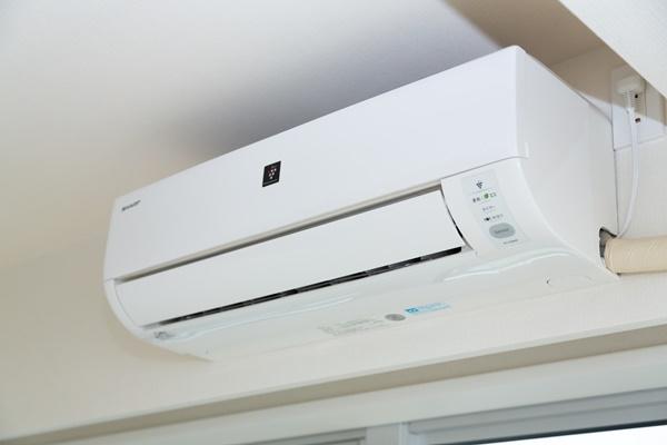バルサンを使う時にはエアコンにカバーをするべき?